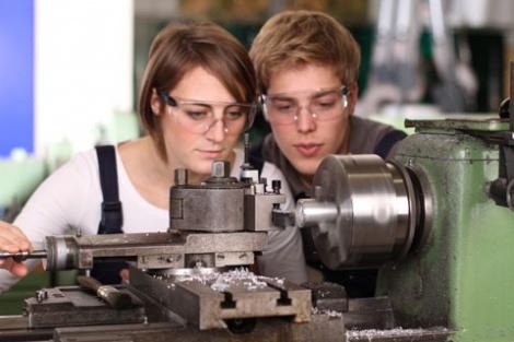 Junge Arbeitende